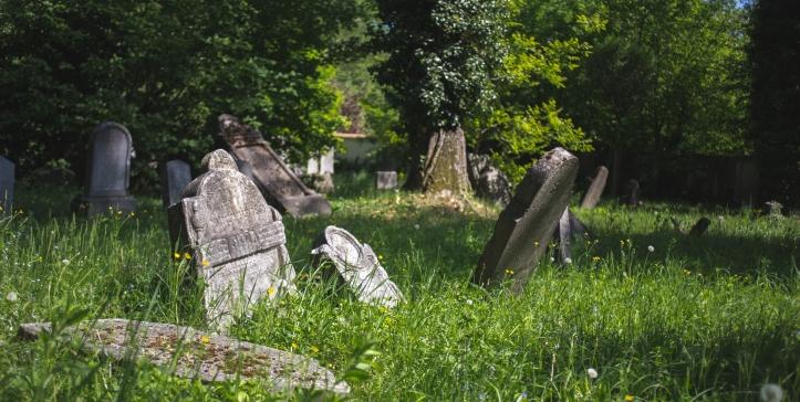 zidovsky-hrbitov-hranice